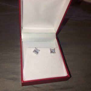 2.5 CT VVS1 Diamond Earrings